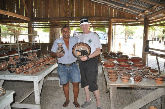 Bill Beard's Costa Rica : Willy's pottery Guatil