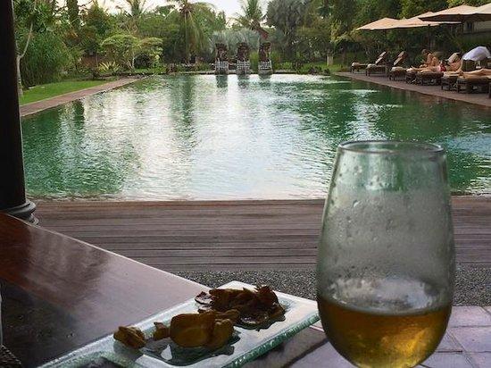 The Chedi Club Tanah Gajah, Ubud, Bali – a GHM hotel: Lunch by the pool