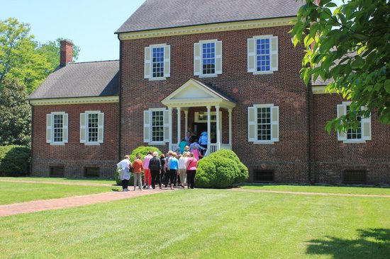 Ayr Mount Historic Site : Groups can make advance reservations for a visit