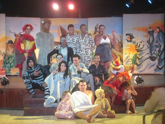 Sol Cayo Guillermo: great entertainment staff