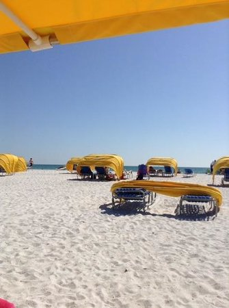 Alden Suites: the beautiful beach