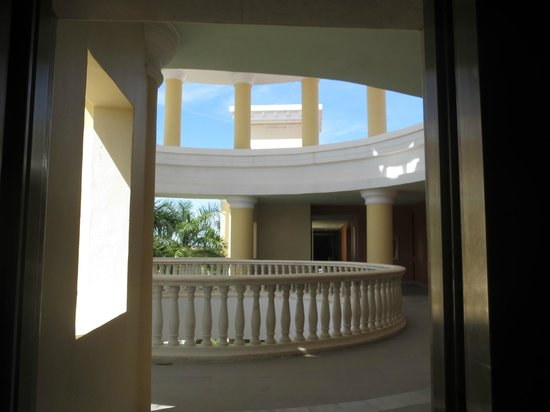 Iberostar Grand Hotel Paraiso : View from door of room