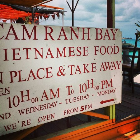 Restaurant Cam Ranh Bay : Delicious!  And the best view!