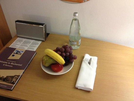 Novotel Bucarest City Centre : Fruta de Bienvenida