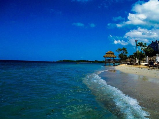 Sandals South Coast : Beautiful Italian beach