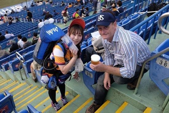 Jingu Baseball Stadium : beer on tap