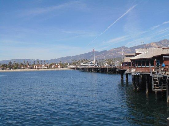 Stearns Wharf : Píer e vista de Santa Barbara