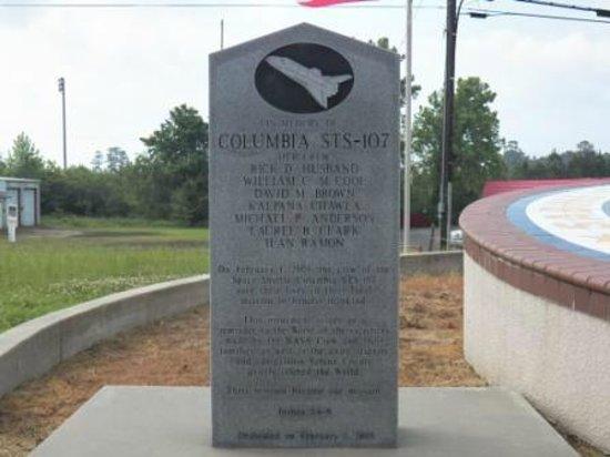 Patricia Huffman Smith Nasa Museum Remembering Columbia: Town Memorial