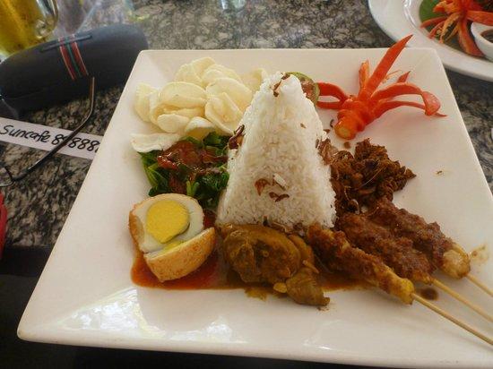 Sun Cafe : Nasi Campur