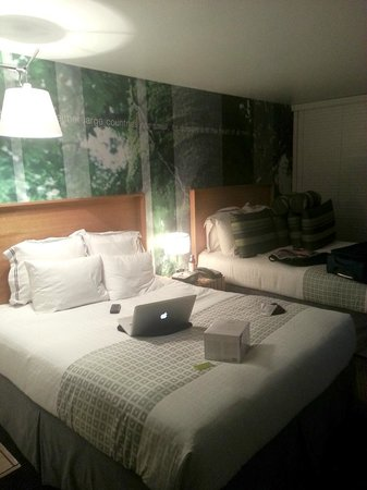 The Domain Hotel : My room (excuse my mess!)