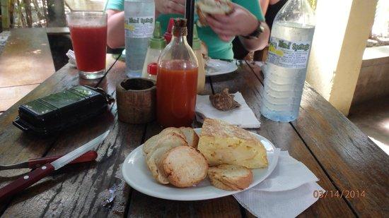 Che Pancho : spanish omllette