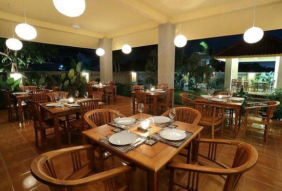 DAKOTA Restaurant Bali