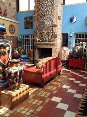 Casa de Las Flores: the living room for guests