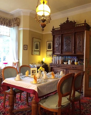 Belmont Guest House: Dining room