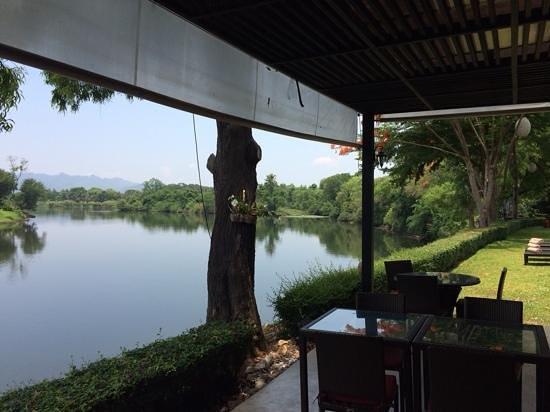 U Inchantree Kanchanaburi: Beautiful location with geat view of Bridge