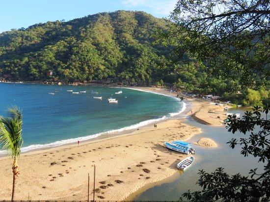 Yelapa English Spanish Institute : Beautiful beach to relax and pracise your Spanish verbs!