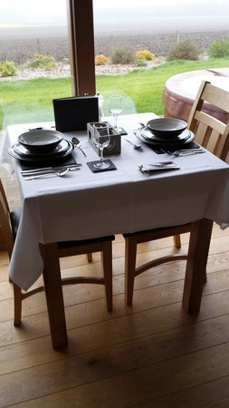 The Hideaway Experience: Dinner table
