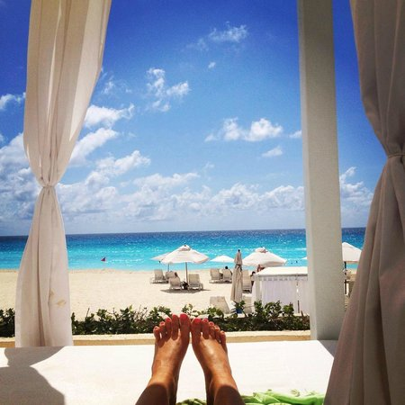 Live Aqua Beach Resort Cancun: Cabana View