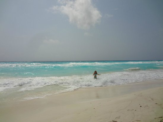 Live Aqua Cancun All Inclusive: Look at the water!