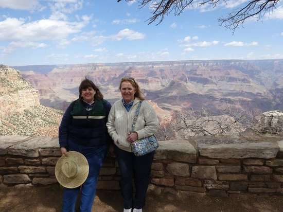 Taking Better Photos Tours: Friends at the Grand Canyon