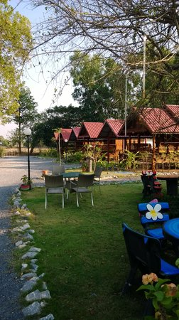 Sabai Sabai Resort & Restaurant: Garden Resort Sabai Sabai (take it easy)