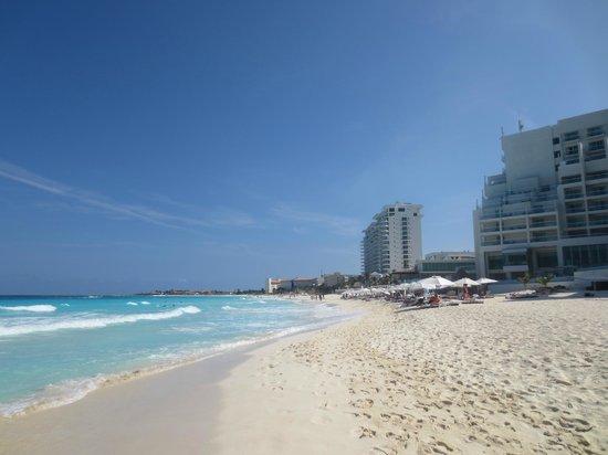 Oleo Cancun Playa: Great beach