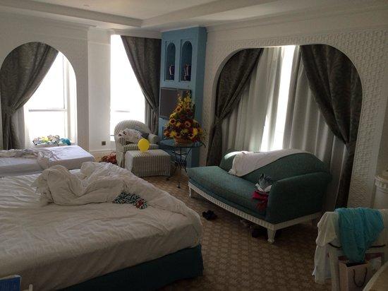 Habtoor Grand Resort, Autograph Collection, A Marriott Luxury & Lifestyle Hotel: Клубный номер без балкона