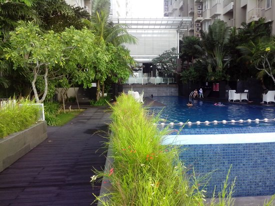 Aston Balikpapan Hotel & Residence: Swiming Pool