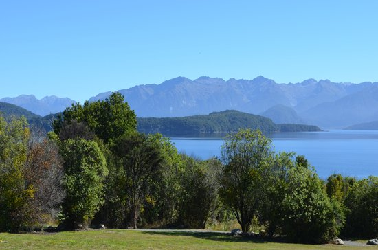 Lake Te Anau 1