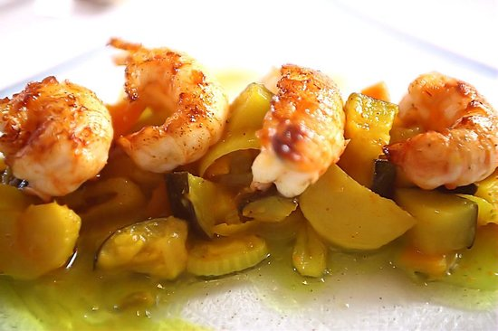 L'Auberge Bretonne: Another tasty course of roasted prawns