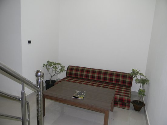 Sudhi's Homestay Serviced Apartments: Area where we had our food