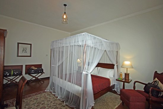 Ceylon Tea Trails : Room 'Jeffery' at Norwood bungalow