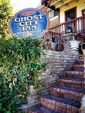Ghost City Inn
