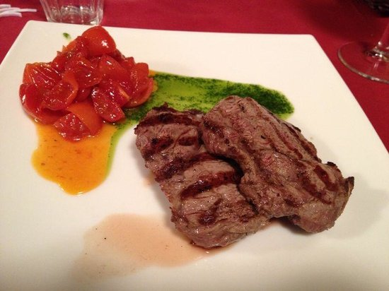 Al Re Lazzarone: Tagliata con pomodorini e crema di porri ( menù coupon )