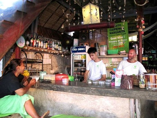 Time For Lime Bungalows: the bar of time for lime
