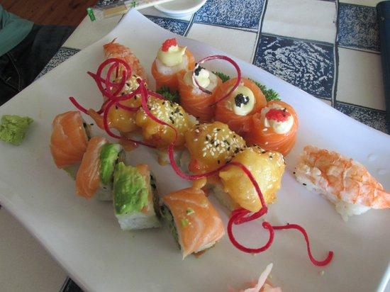 34 South: Amazing sushi platter
