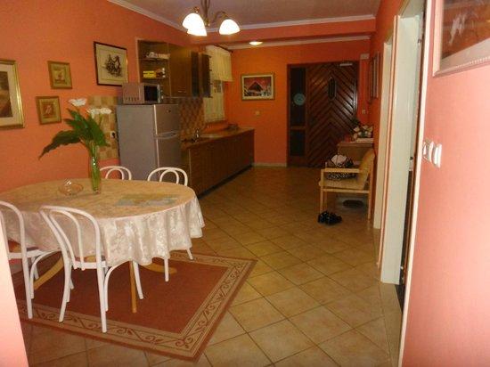 Apartments Ragusa: Kithen