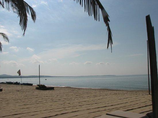 Ananda Resort: View from beach