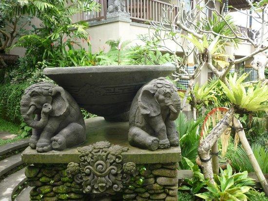 Puri Gangga Resort: exterieur