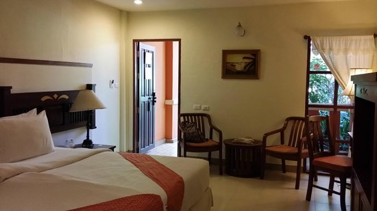 Hyton Leelavadee Phuket : room