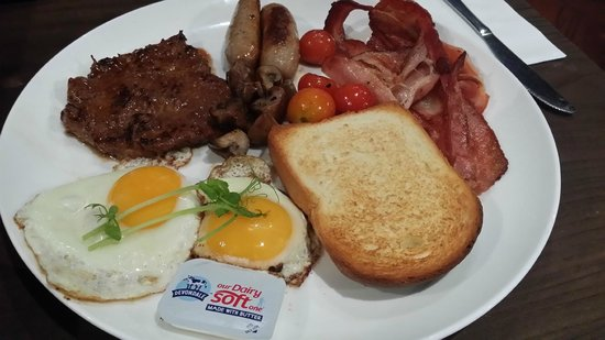 Hang Out Bar and Cafe: big breakfast