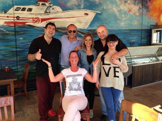 Bar Cantina La Lonja Del Pescado : Noi e lo staff del ristorante