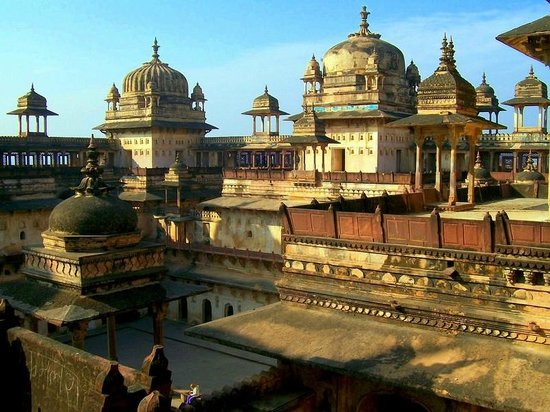 Orchha fort rooftop
