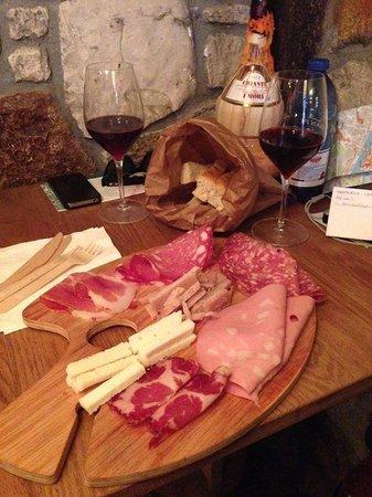 Panbriaco: mix formaggi e affettati