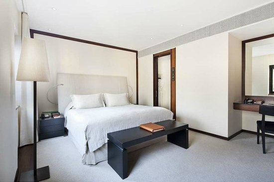 COMO The Halkin: Belgravia Suite bedroom