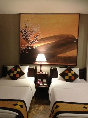 Hong Ngoc Dynastie Hotel : Room