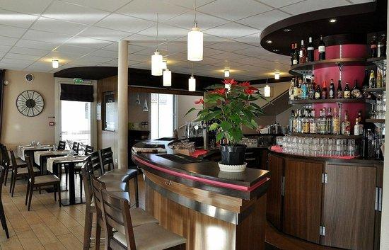 le fin bistrot hotel restaurant bar updated 2017 reviews price comparison lit et mixe. Black Bedroom Furniture Sets. Home Design Ideas