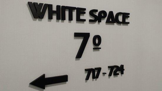 "Lutecia Smart Design Hotel : Etage ""White Space"""