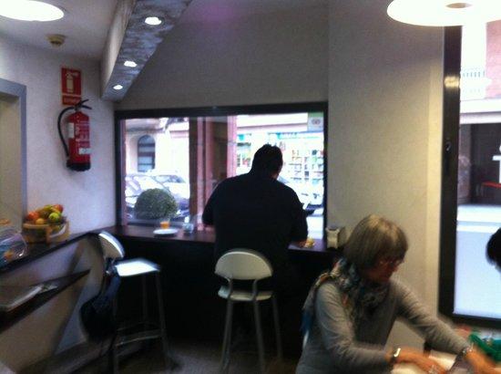 Hotel Nuevo Triunfo: Frühstück auf engem Raum