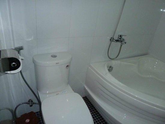 Canary Boutique Hotel: Bathroom